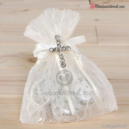 Broche Cruz strass en bolsa de blonda 3 bombones