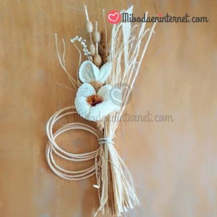 Ramillete de Flor rústica beig 13cms