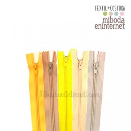 Cremallera nylon 23 cms gama amarillos pack 5 ud