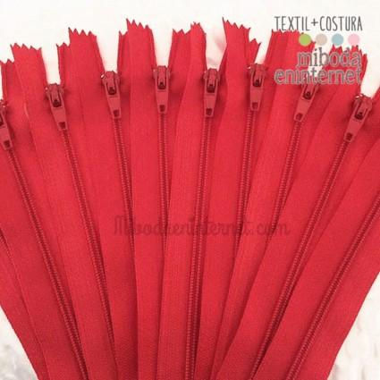 Cremallera nylon 23 cms rojo carmín