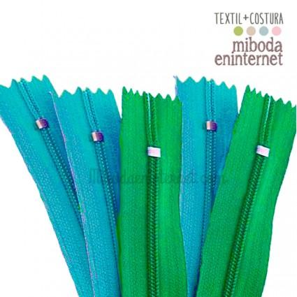 Cremallera nylon 23 cms gama 2 verdes pack 5 ud