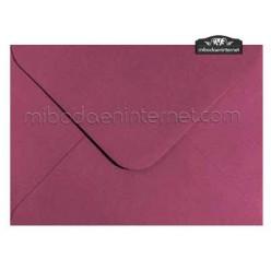 Sobre Color Burdeos / Vino 13,4 x 18,5 cm