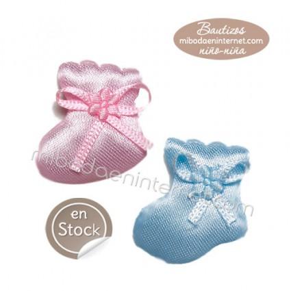 Botita bebé azul y rosa para pegar 3 cms
