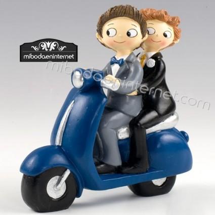 Figura Pastel Novios Chicos Pop & Fun Moto Vespa