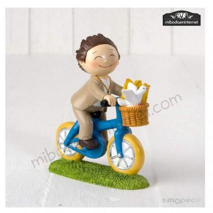 Figura Pastel Niño Comunión Bici