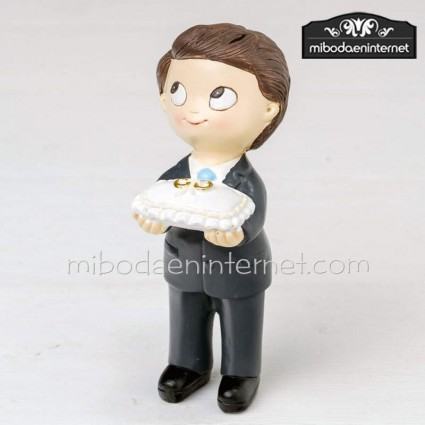 Figura pastel niño cojin anillos Pop & Fun traje