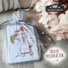 Una bolsa de organza de 10x12 y nuestra etiqueta de regalo y listo para entregar