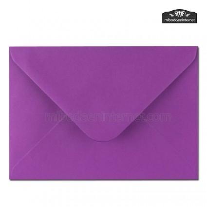 Sobre Color Púrpura 13,4 x 18,5 cm