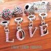Charm Europeo strass LOVE (4 piezas)