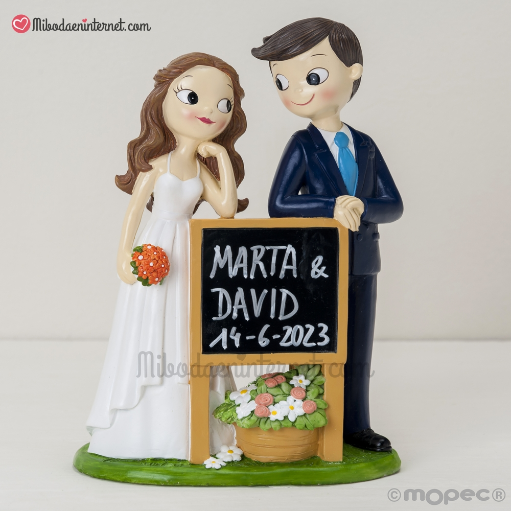 19ff4b125a Nuevas Figuras para tarta de boda Colección Pop   Fun 2019 ...